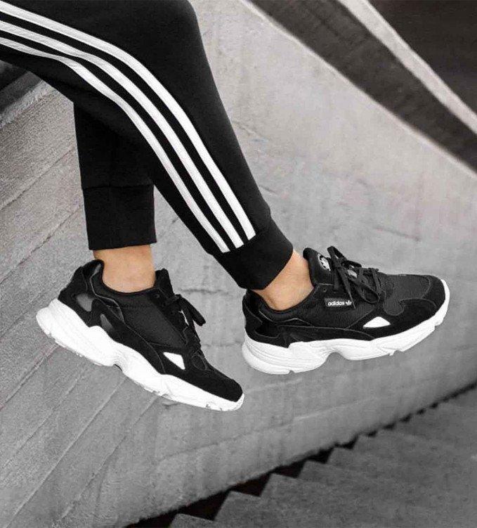Adidas Falcon black-white