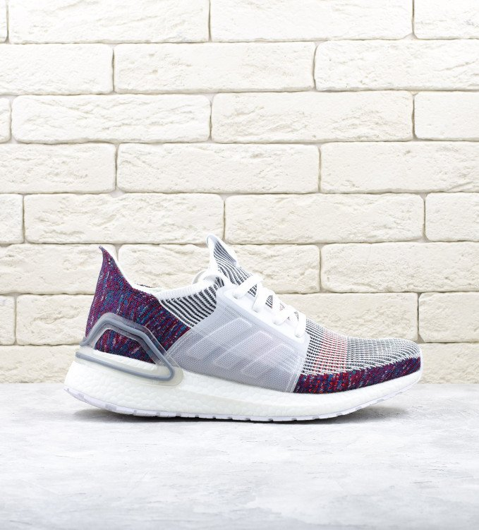 Adidas Ultraboost 19 color-white