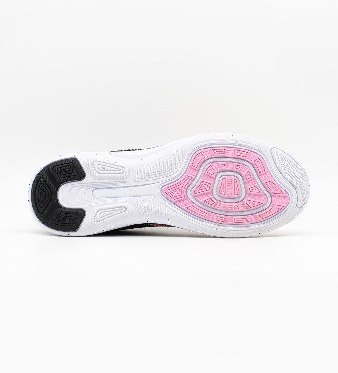 Nike Flyknit Lunar 3 pink