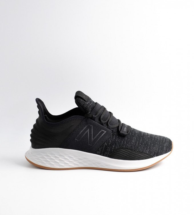 New Balance ROAV Black